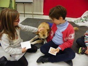 terapia-con-perros-para-ninos-inteligencia-emocional-4